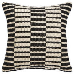 Jaipur Living National Geographic Home Collection Pillow Ng-28 Ngp41 White Swan