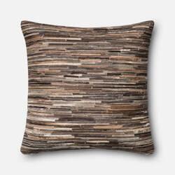 Loloi Pillow P0383 Brown