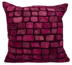 Nourison Natural Leather And Hide Pillow C5500 Burgundy