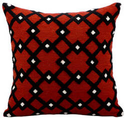 Kathy Ireland Pillows Q2016 Rust