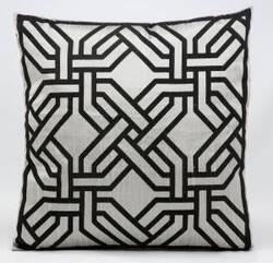 Kathy Ireland Pillows Sp007 Silver - Black