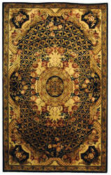 Safavieh Classic CL304A Black / Gold Area Rug