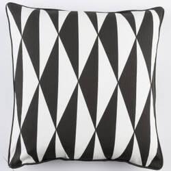 Surya Inga Pillow Clara Black - White