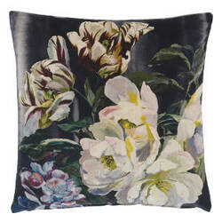 Designers Guild Delft Flower Pillow 176024 Noir