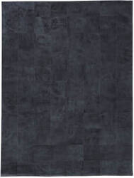 Exquisite Rugs Distressed Suede Hair on Hide Denim Area Rug