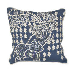 Jaipur Living En Casa By Luli Sanchez Pillow Encasa01 Lsc01 White Asparagus