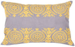 Jaipur Living Traditions Made Modern Pillow Max6 Mnp19 Monument