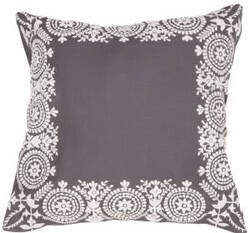 Jaipur Living Traditions Made Modern Pillow Max6 Mnp26 Gargoyle