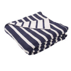 Jaipur Living Trinity Throw Tri-02 Tri04 Insignia Blue And Whitecap Gray