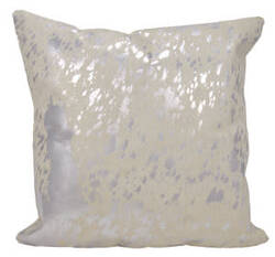 Nourison Mina Victory Pillows S6129 White Silver