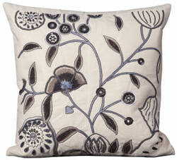 Nourison Pillows Luminescence W8926 Ivory
